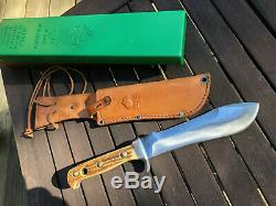 PUMA White Hunter Knife, with original box, papers and sheath. Really nice Stag