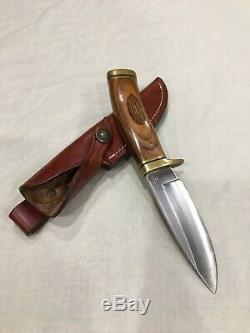 Vintage BUCK 162-C Hunting Knife Fixed Blade & Sheath - Beautiful Woodgrain