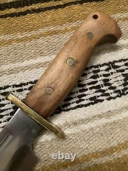 Vintage Blackjack Shining Mountains Bowie 52-100 Survival Fighting Knife withCase