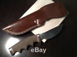 Vintage GERBER Hunter Knife MODEL 425 all weather handle WITH SHEATH unsharpened