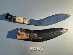 Vintage Gurkha Kukri Nepalese Fighting Knife with Black Sheath 17 in x 2.1/4 in